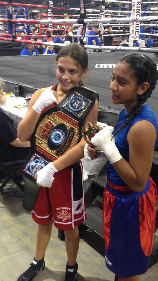 Alexis wins 2014 Ringside World Championship against Lisbeth Retiz from Texas in the finals in Independence, Missouri.